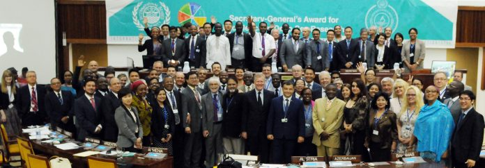 Group photo of delegates at the end of the meeting,courtesy ISA.