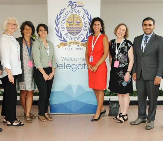 DOSI delegation, including Guilhon and Cambronero, at the ISA.